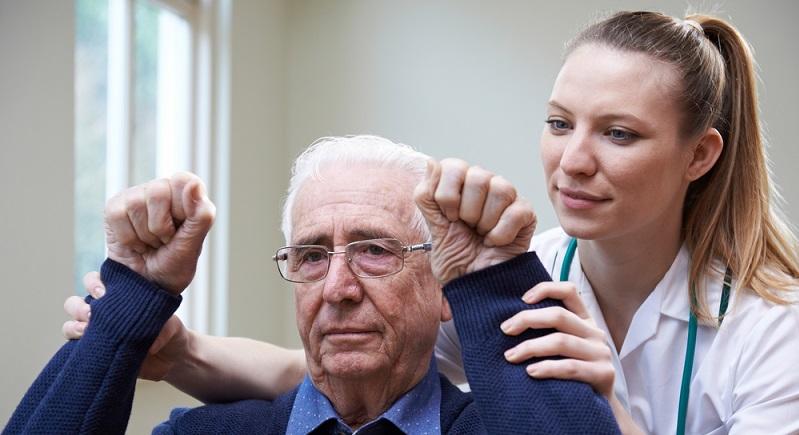 In manchen Fällen bleiben die Behandlungsversuche eines Vorhofflimmerns mit Medikamenten und elektrischer Kardioversion auf Dauer ohne Erfolg. (#01)
