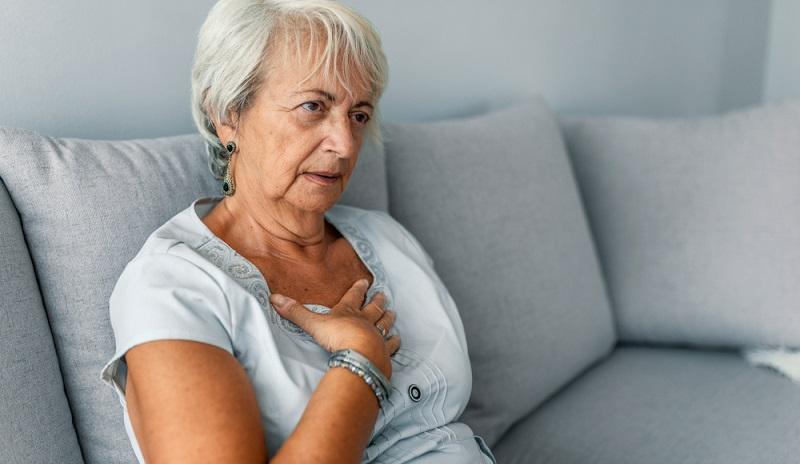 Eine Rhythmusstörung des Herzens ist besorgniserregend für den Betroffenen.