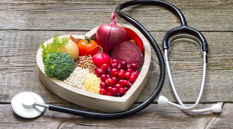 Ist der ungesunde Lebensstil Auslöser für Vorhofflimmern, kann man die Risikofaktoren reduzieren, indem man die Ernährung auf eine gesunde Basis umstellt.