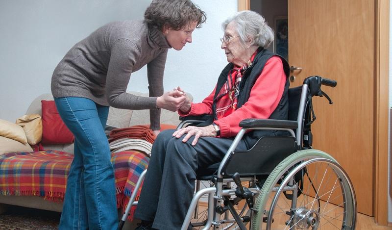 Wer privat eine polnische Pflegerin finden möchte, dem sei an dieser Stelle davon abgeraten.  ( Foto: Shutterstock-Gulliver20  )